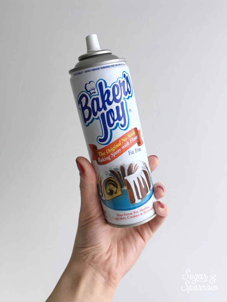 best spray for preparing cake pans