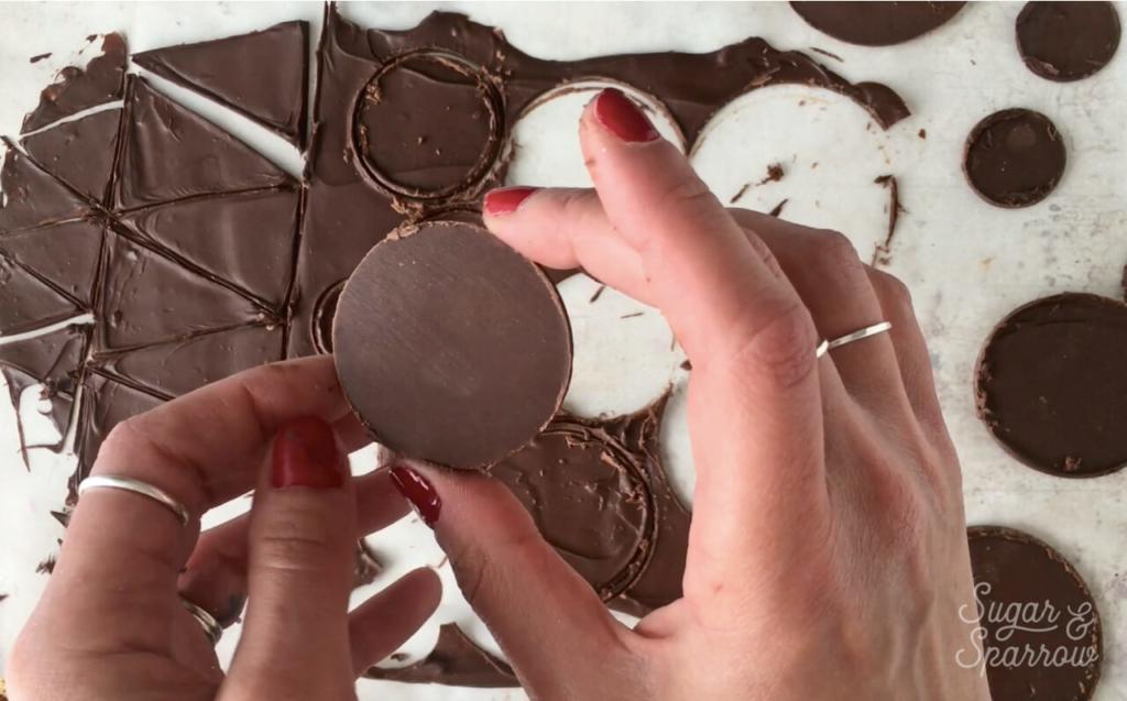 how to make chocolate disks