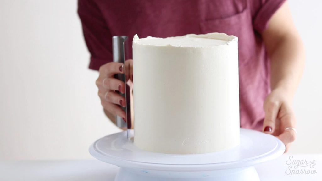 smooth buttercream cake tutorial