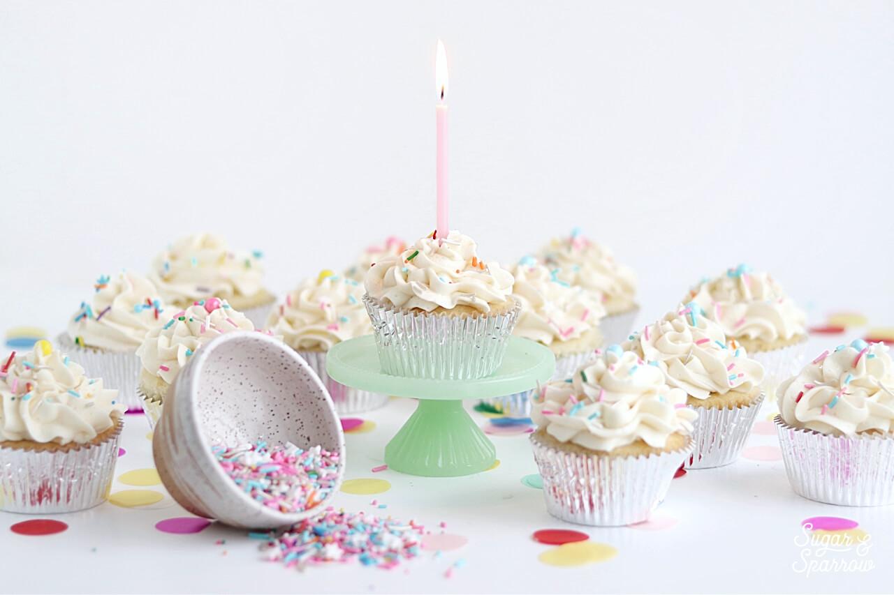 vanilla cupcake recipe by Sugar and Sparrow