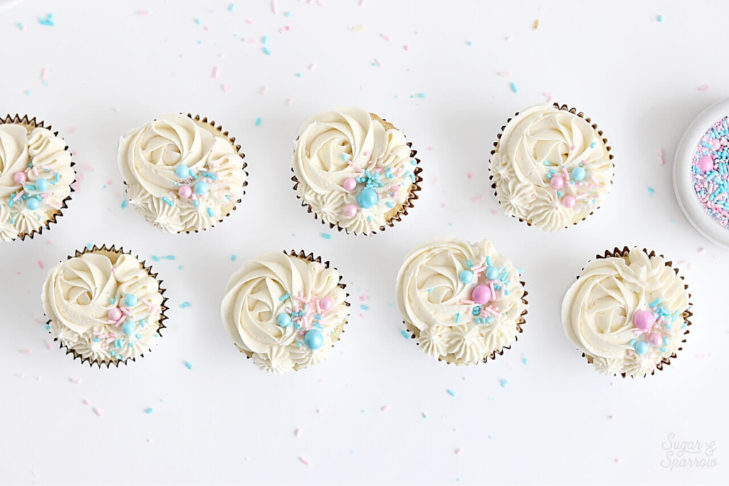 how to decorate gender reveal cupcakes