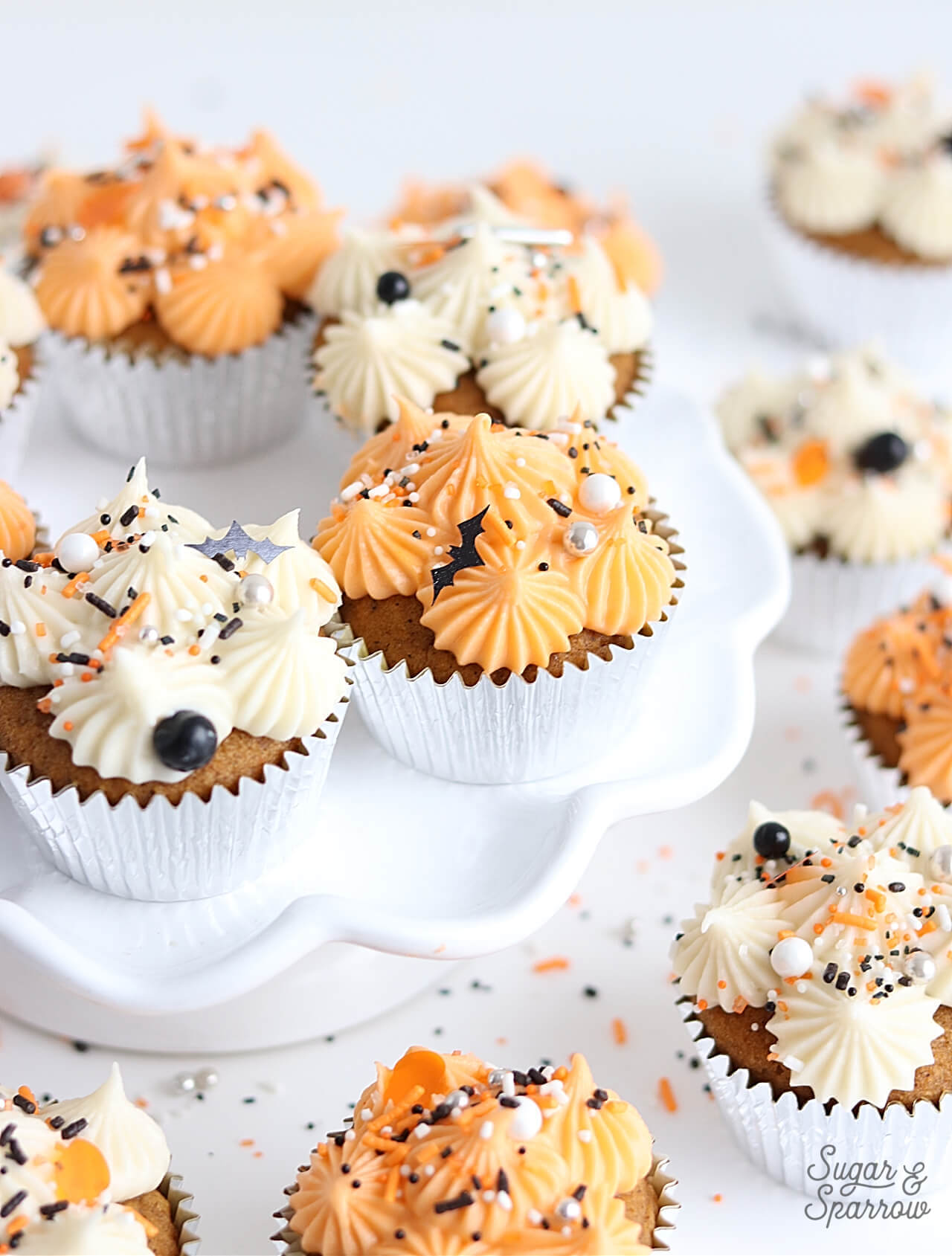 pumpkin cupcakes with cream cheese buttercream recipe