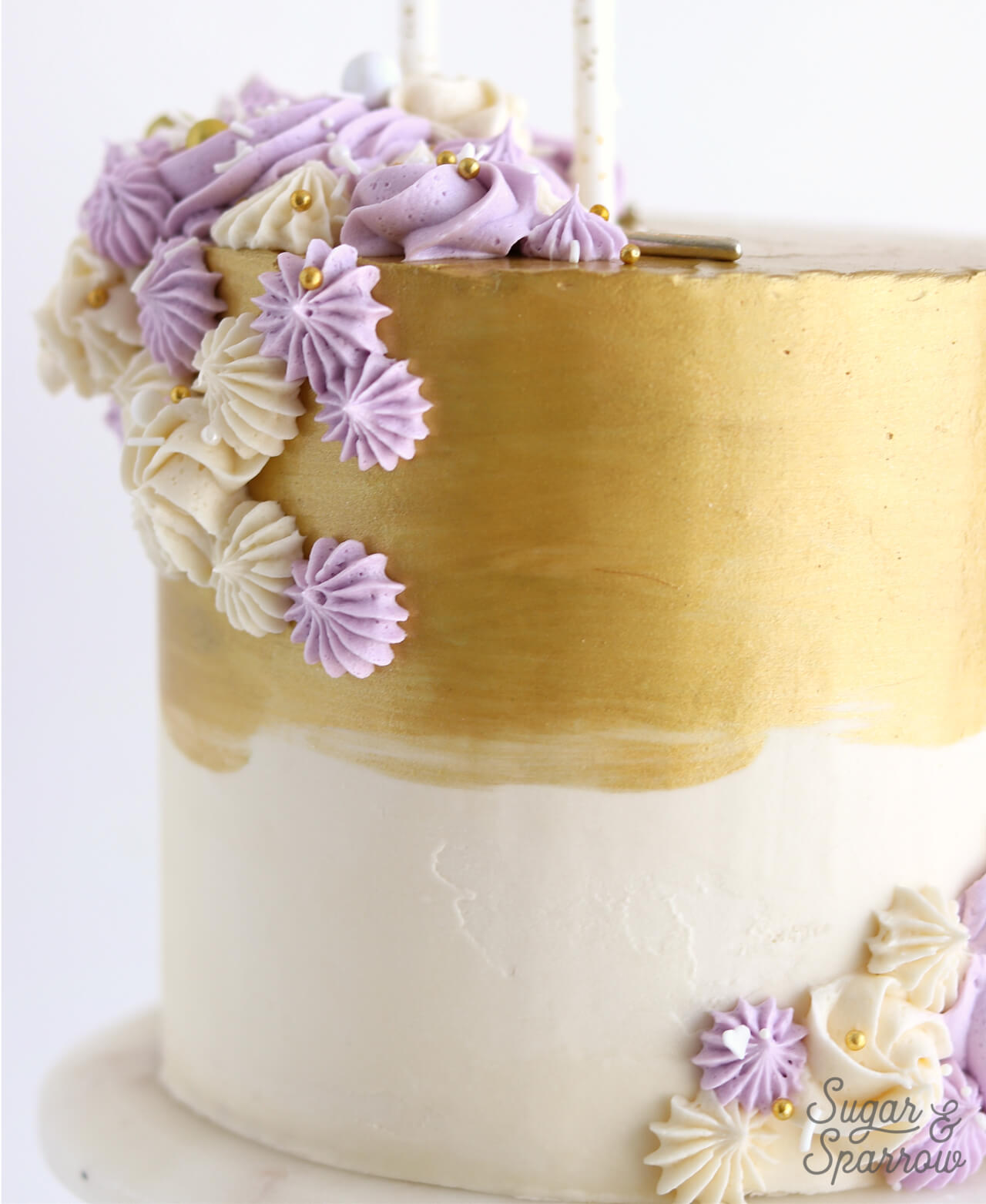 Metallic gold buttercream cake tutorial