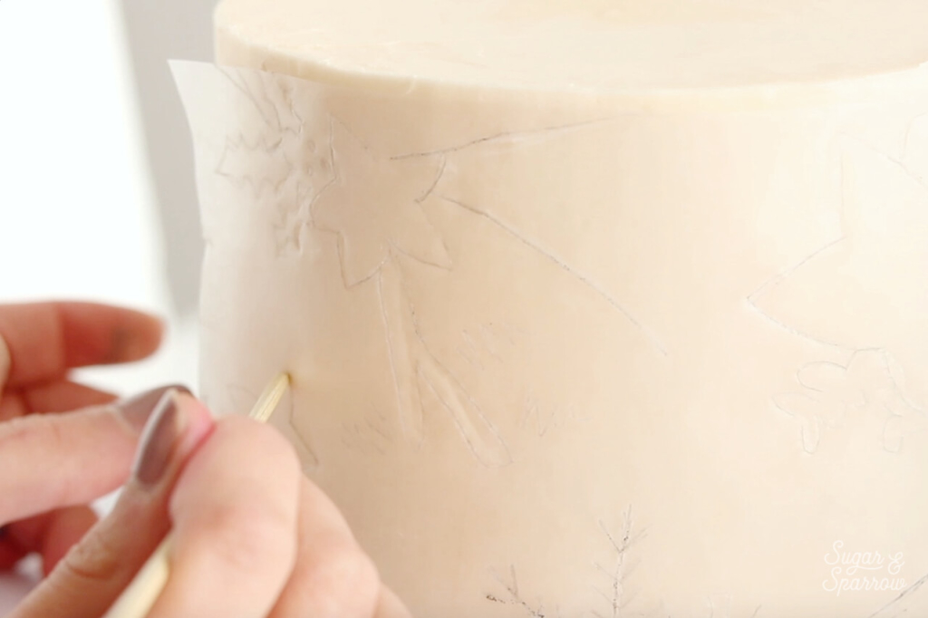 how to trace patterns onto buttercream cakes