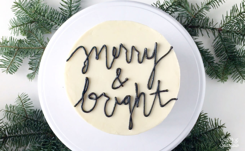 how to pipe words with buttercream