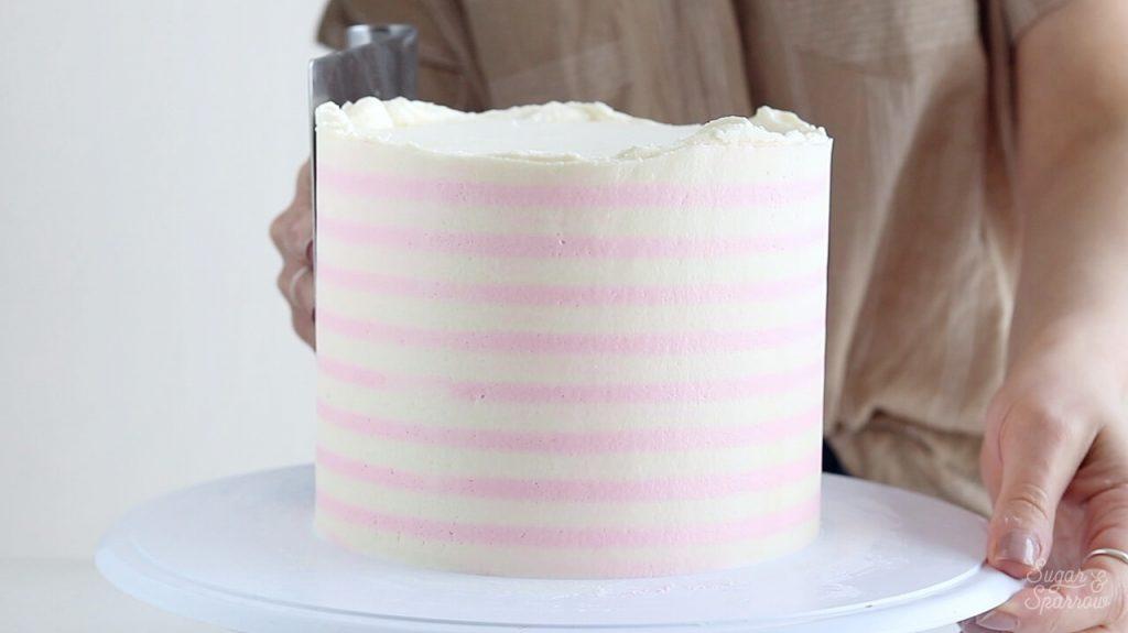 perfect buttercream stripes tutorial