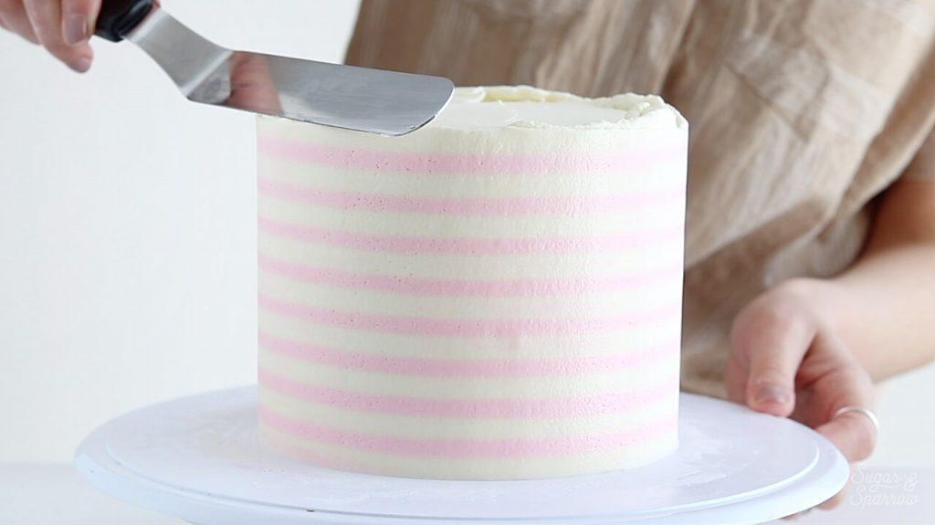 how to make a striped buttercream cake