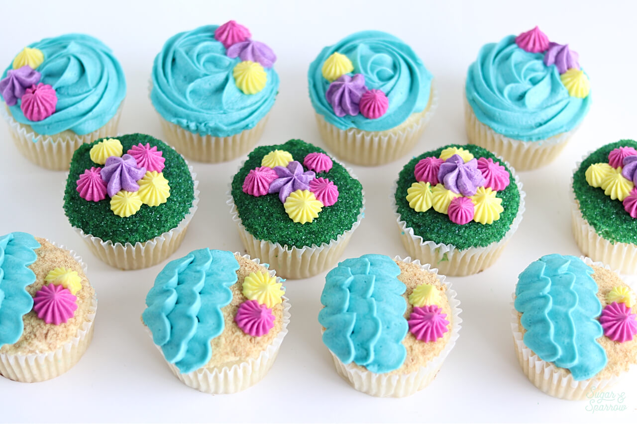 beach cupcakes by Sugar and Sparrow