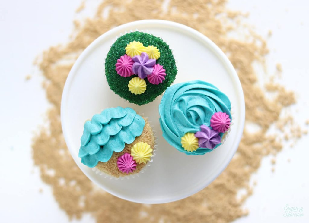 beach cupcakes with waves