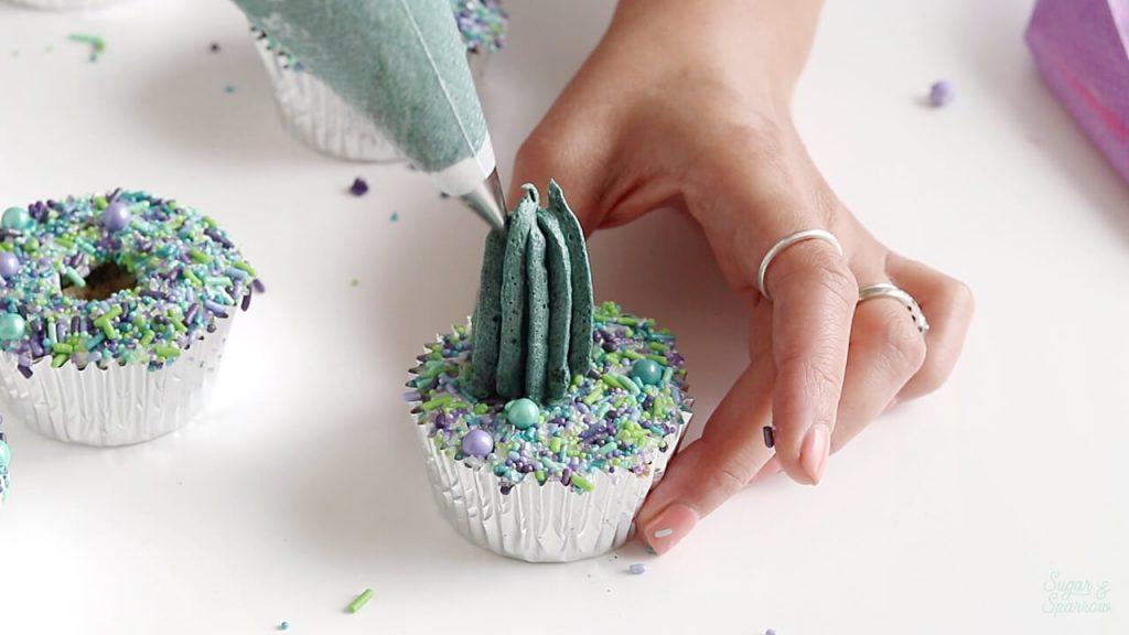 how to make buttercream cactus