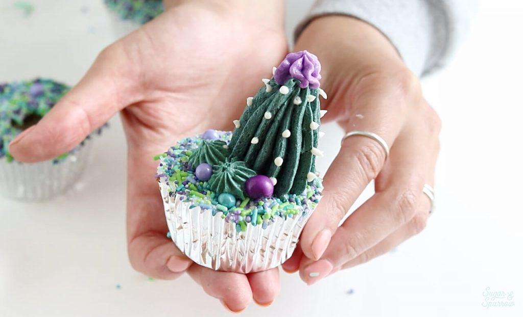 buttercream cactus cupcakes