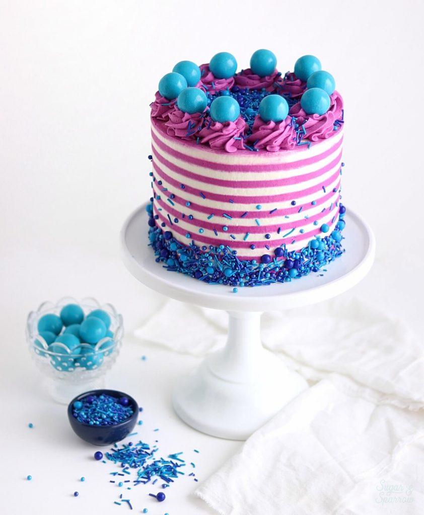 striped buttercream cake tutorial