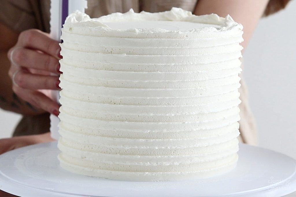 how to use wilton cake comb