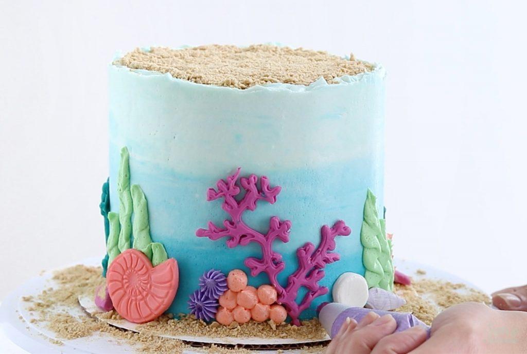 coral reef buttercream cake tutorial