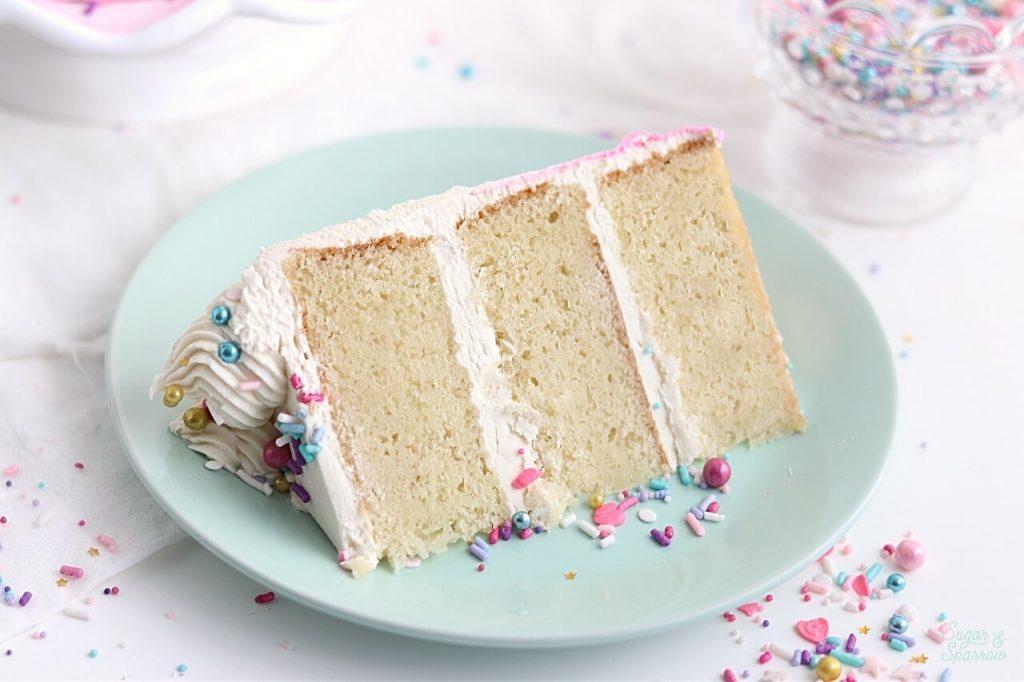 vanilla cake recipe by sugar and sparrow