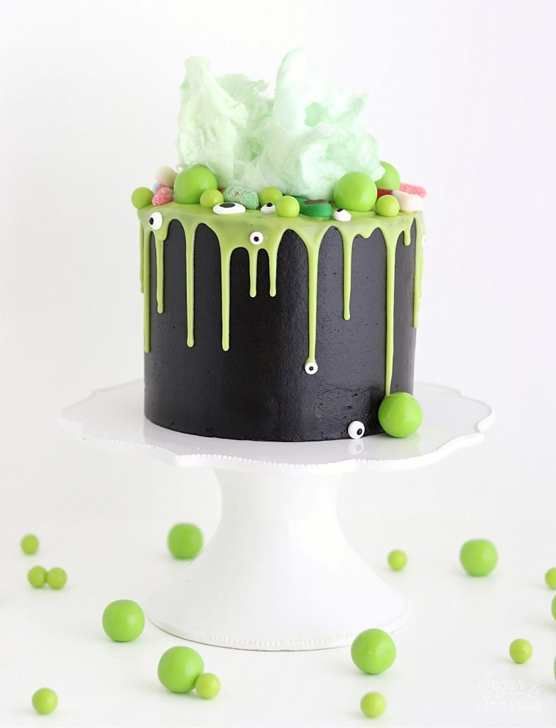 Cauldron Cake by Sugar and Sparrow