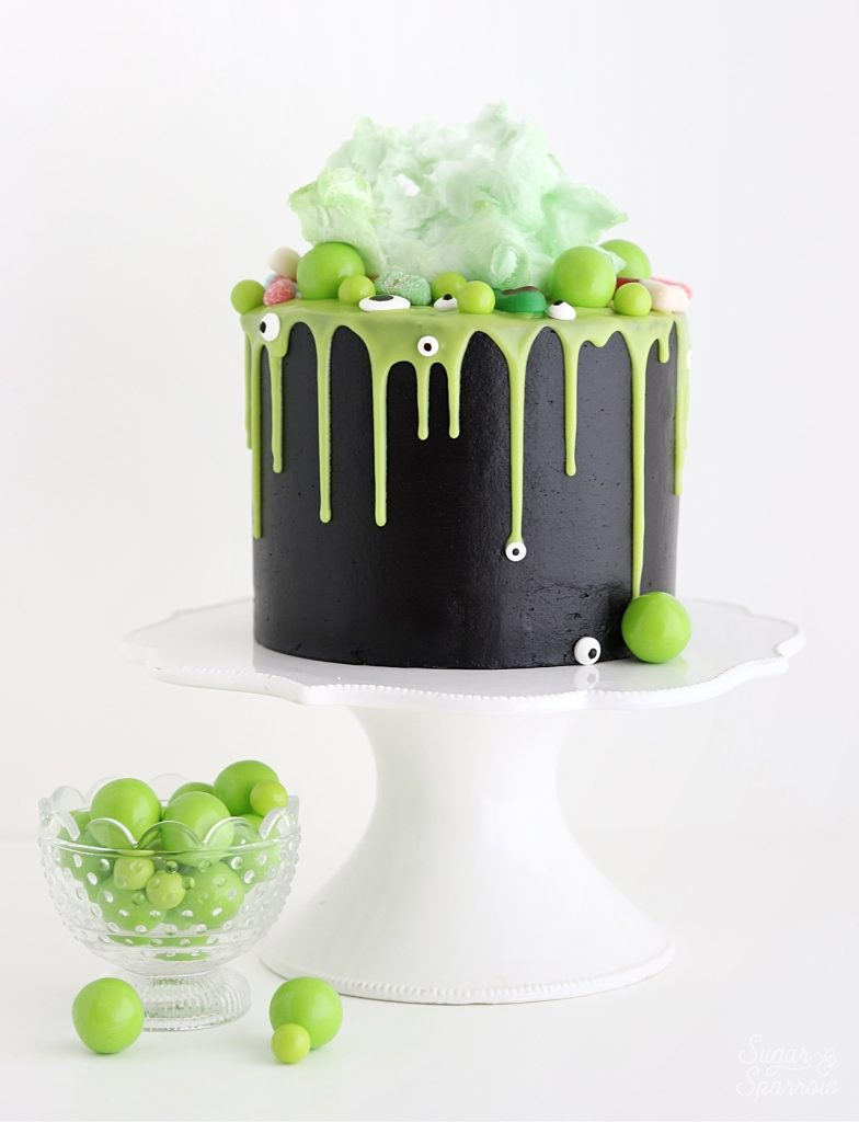 Halloween cake by sugar and sparrow