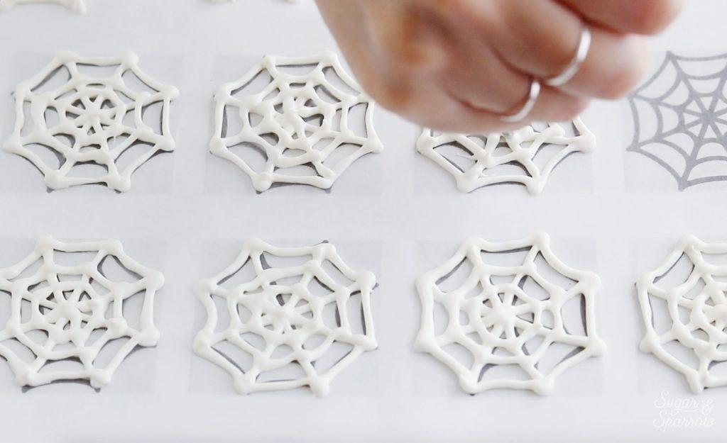 White chocolate spiderweb tutorial