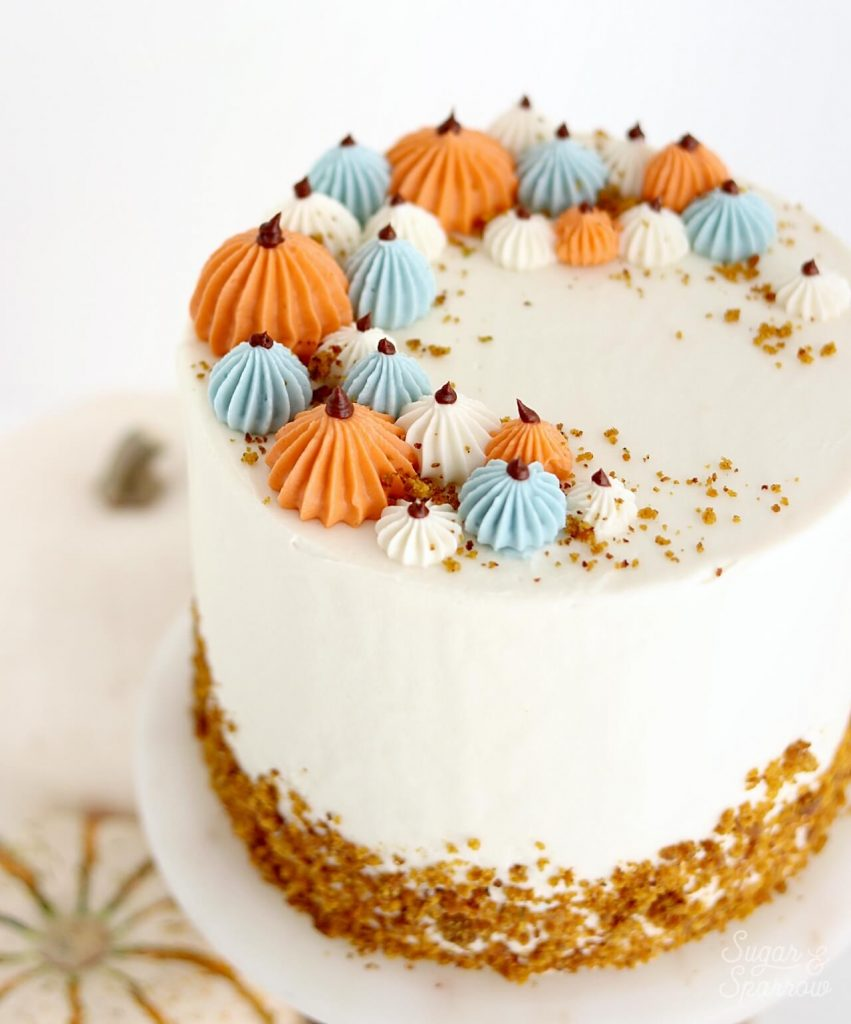 how to pipe buttercream pumpkins