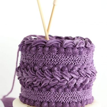 buttercream knitted sweater cake by Sugar and Sparrow