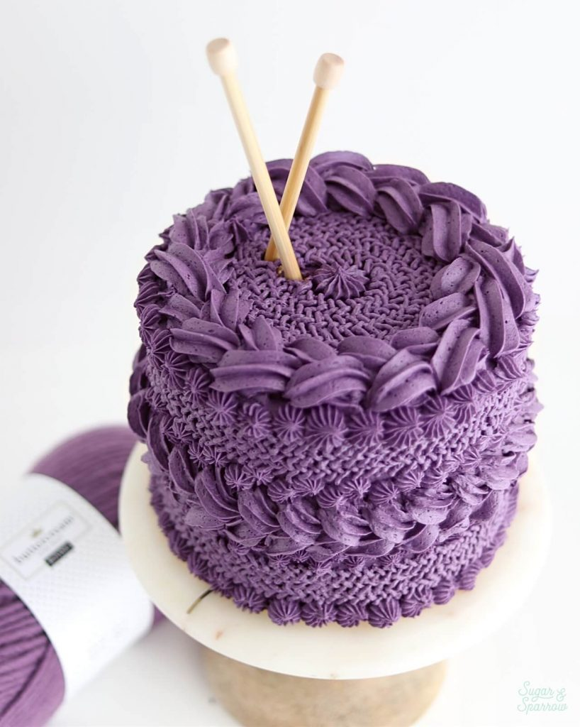buttercream cake inspired by knitted sweater