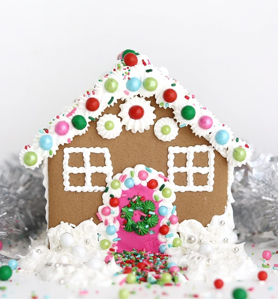 gingerbread house decorating tutorial