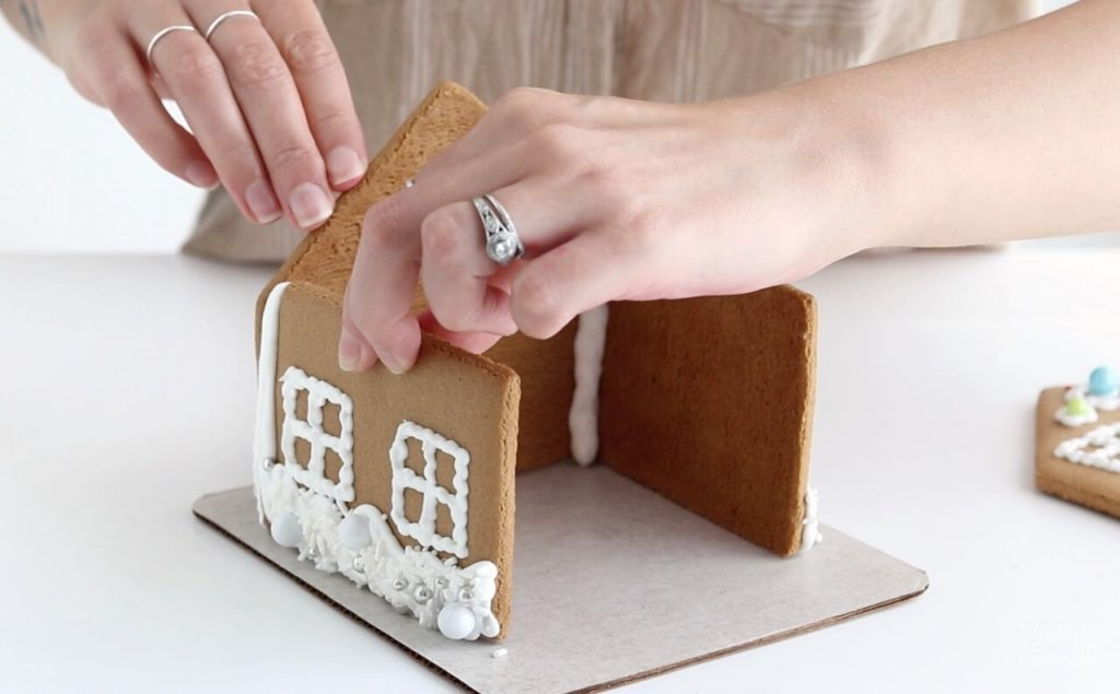 how to glue gingerbread together