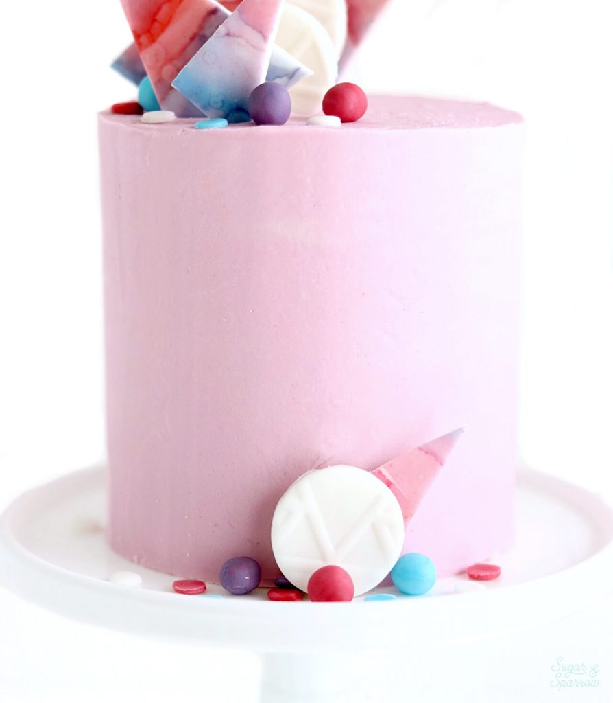 how to make fondant decorations for cake decorating