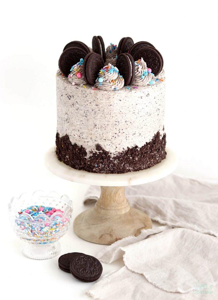 vegan chocolate cookies and cream cake
