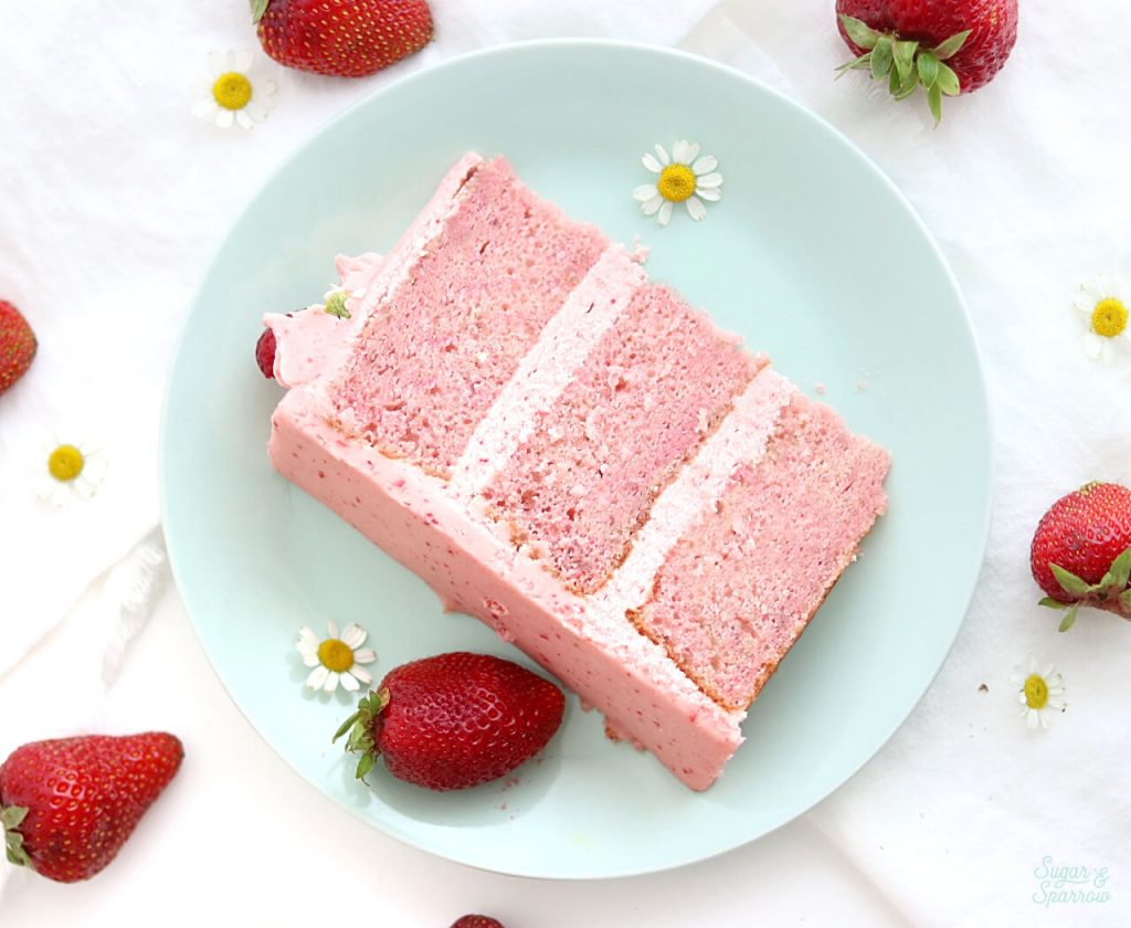 strawberry cake recipe by Sugar and Sparrow