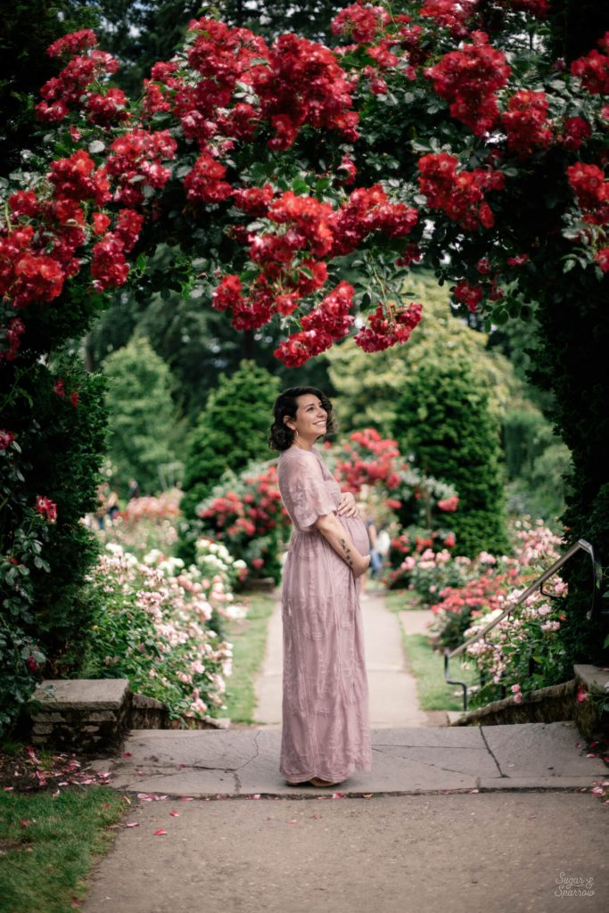 portland rose gardens maternity photos