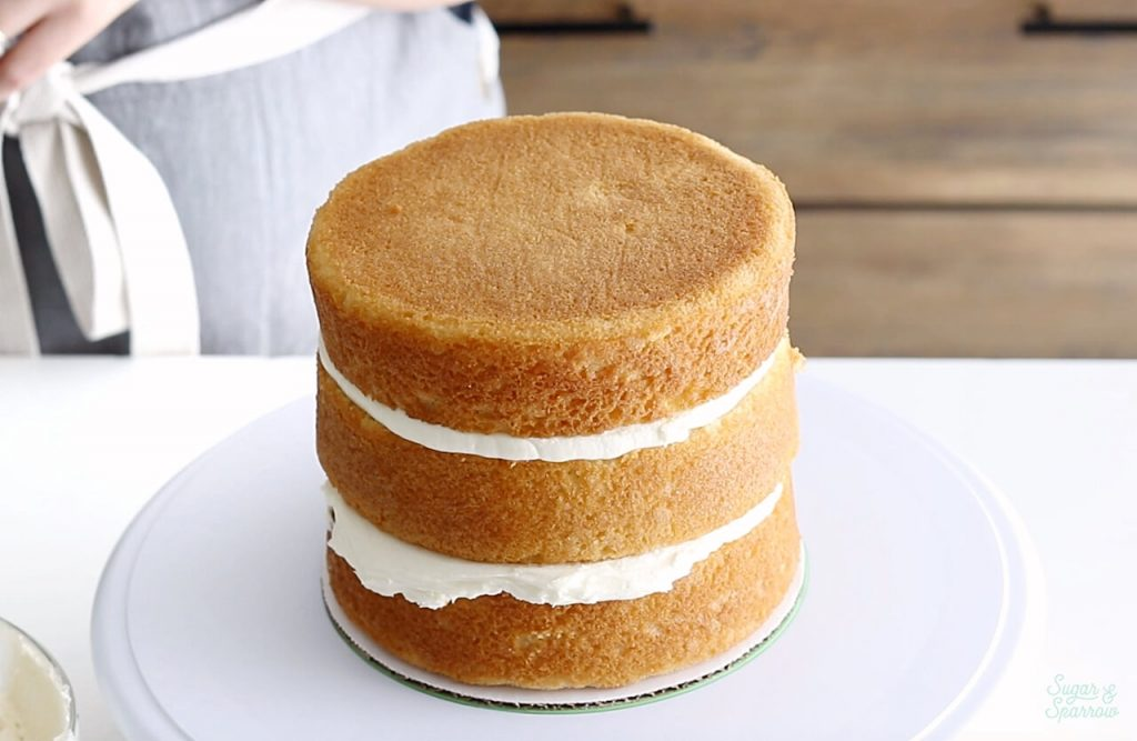 how to fill and stack layer cakes
