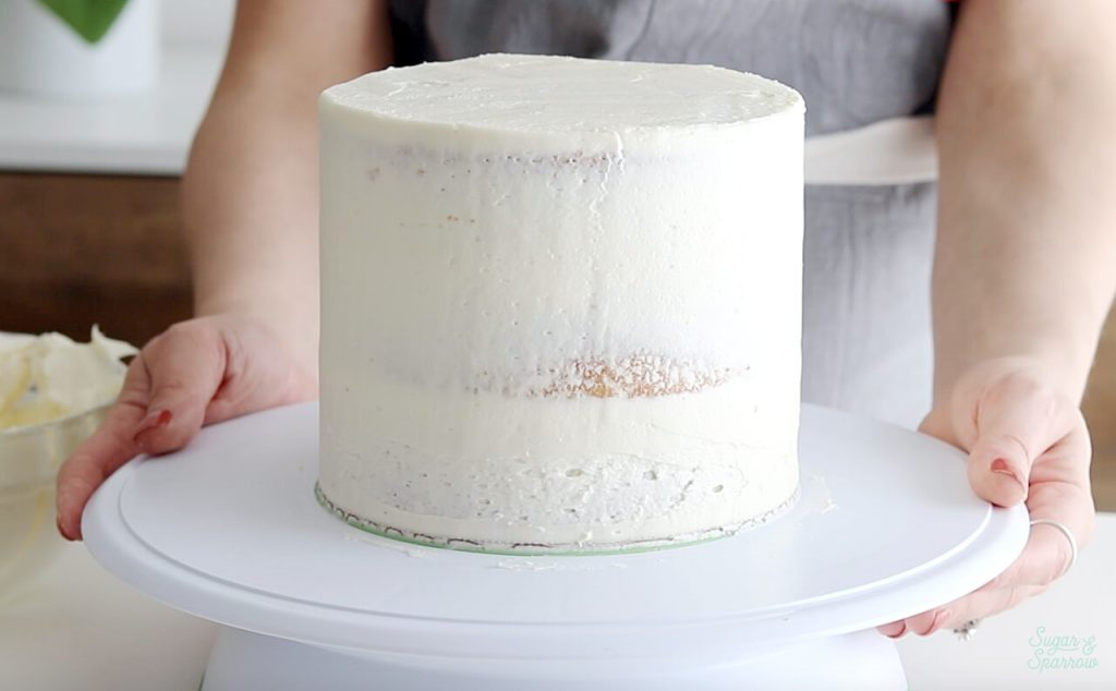 how to frost a cake crumb coat