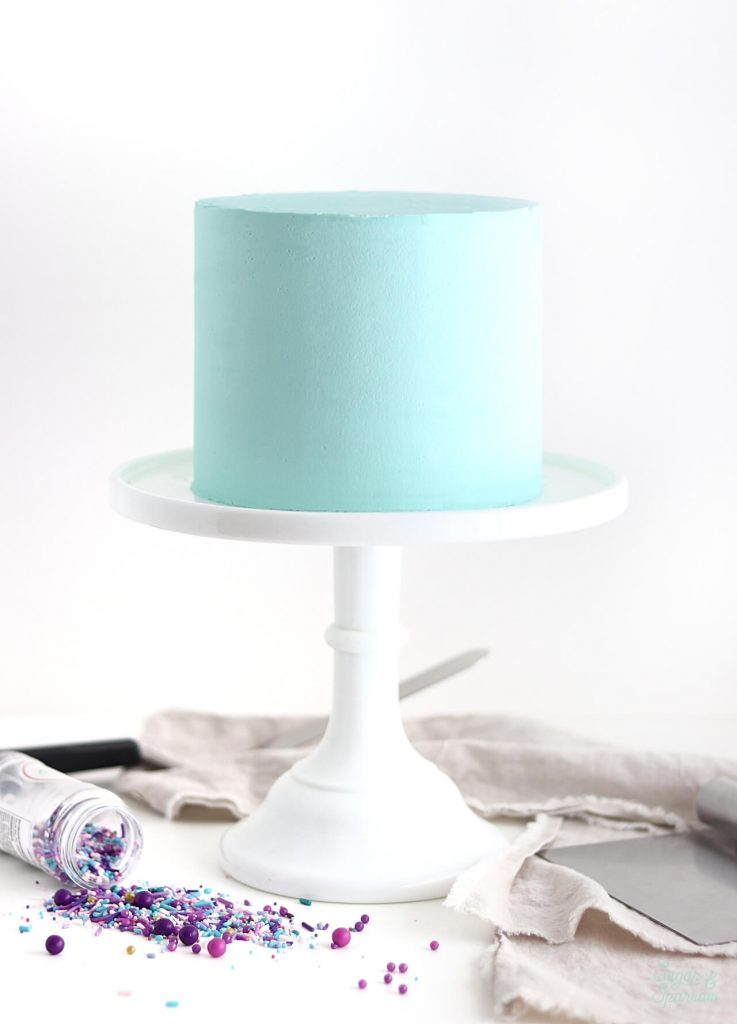 cake frosting techniques by sugar and sparrow