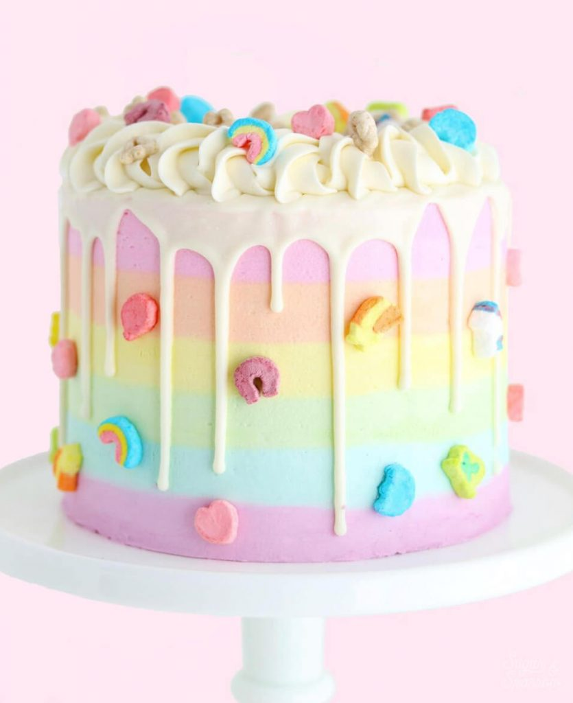 lucky charms cake by sugar and sparrow