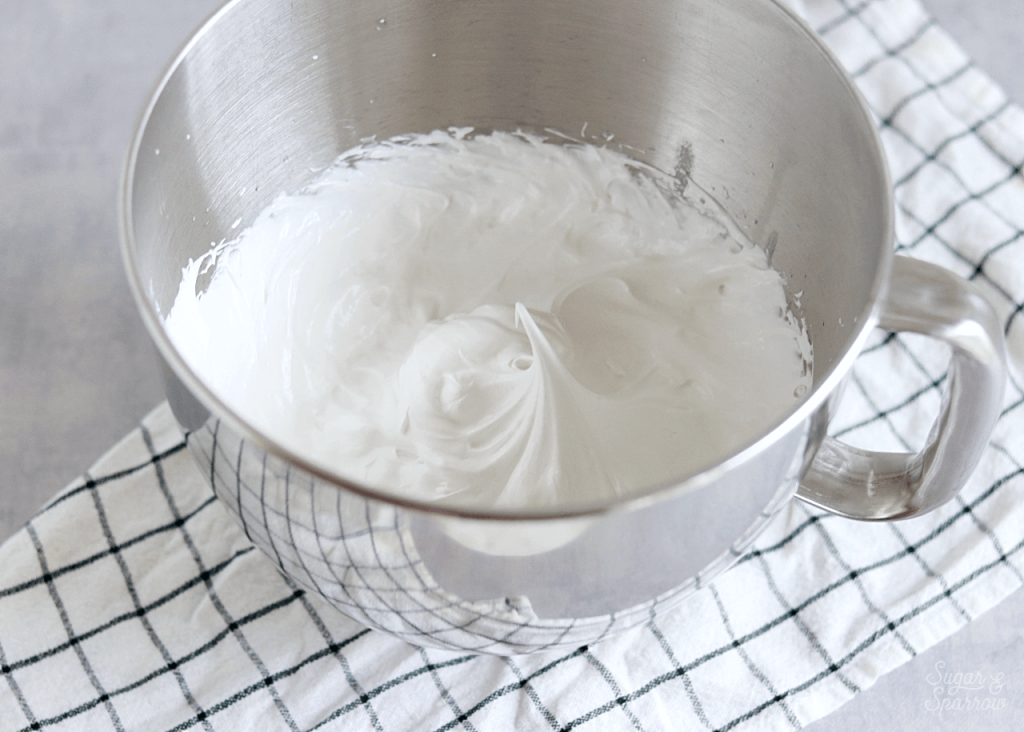 marshmallow meringue frosting recipe