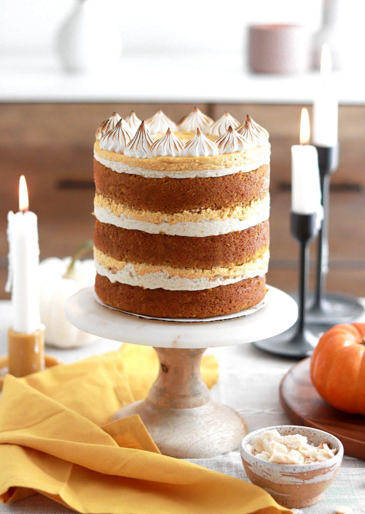 thanksgiving dessert ideas: pumpkin pie cake